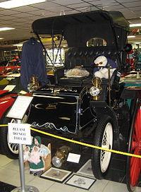 Model in racing car - 4 5