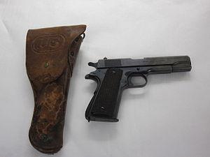 2002-10-1 Pistol, Cal 45, US, M1911, Colt.jpg