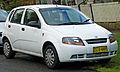 2003-2004 Daewoo Kalos (T200) SE 5-door hatchback (2011-01-12).jpg