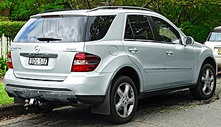 file 2007 mercedes benz ml 320 cdi w 164 my08 luxury wagon 2011 11 18 wikimedia commons. Black Bedroom Furniture Sets. Home Design Ideas