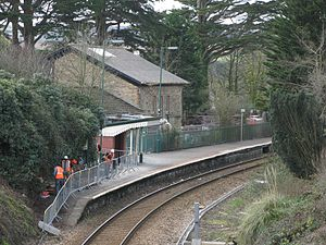 Perranwell railway station - Looking towards Falmouth