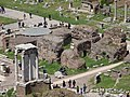20160425 094 Roma - Foro Romano - Tempio di Castore e Polluce - Temple of Castor and Pollux - View from Palatino (26120201084).jpg