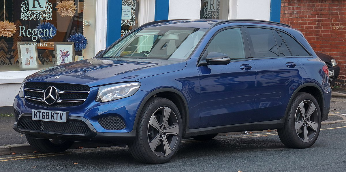 Px Mercedes Benz Glc Urban Edition Matic Front on V6 Diesel Engine