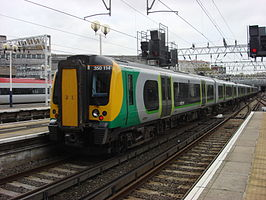 Een trein van London Midland in het station London Euston