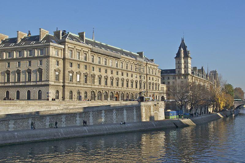 File:36 quai des Orfèvres Paris.jpg
