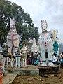 400 வருட பழமை வாய்ந்த குதிரை யானை பரிவார சிலைகள்.jpg