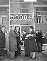 5000ste woning na oorlog te Leeuwarden gereed gekomen, Bestanddeelnr 910-8445.jpg