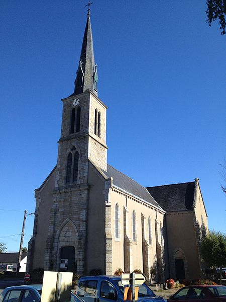 L'église Saint-Perreux.
