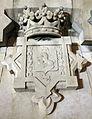 64 Escut de Còrdova, de Lluís Ferreri, Monument a Colom.jpg