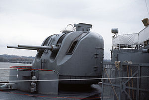 7.6 cm gun mount on USS Saginaw (LST-1188) 1987.JPEG