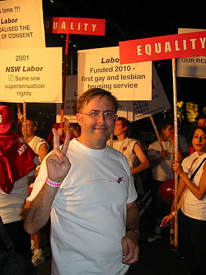 Anthony Albanese - Anthony Albanese at Sydney Gay and Lesbian Mardi Gras, 2003