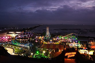 Adventure Island (amusement park) - Adventure Island at night