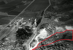 Aerial View of Nesher plant near Haifa. 1946 with sign of Givat Ha'Amadot (id.26794734).png