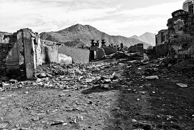 Afghanistan_rubble.jpg: Afghanistan rubble