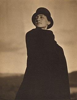 Alfred Stieglitz - Georgia O'Keeffe, A Portrait.jpg