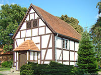 Altenhagen-dorfkirche.jpg