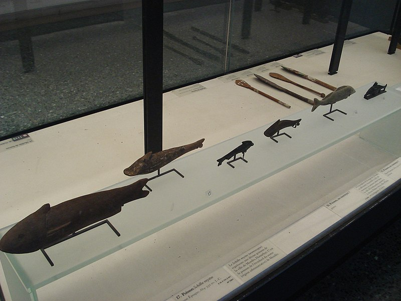 File:Ancient egyptian fishes-Paris 798.jpg