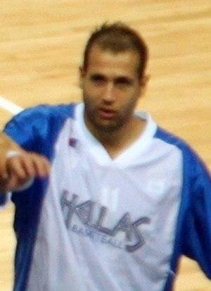 Andreas Glyniadakis - Glyniadakis with Greece at EuroBasket 2009.
