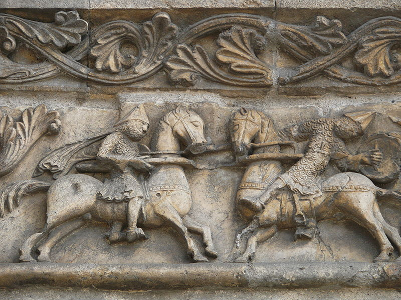 Fichier:Angoulême - Cathédrale - Chanson de Roland 2.JPG