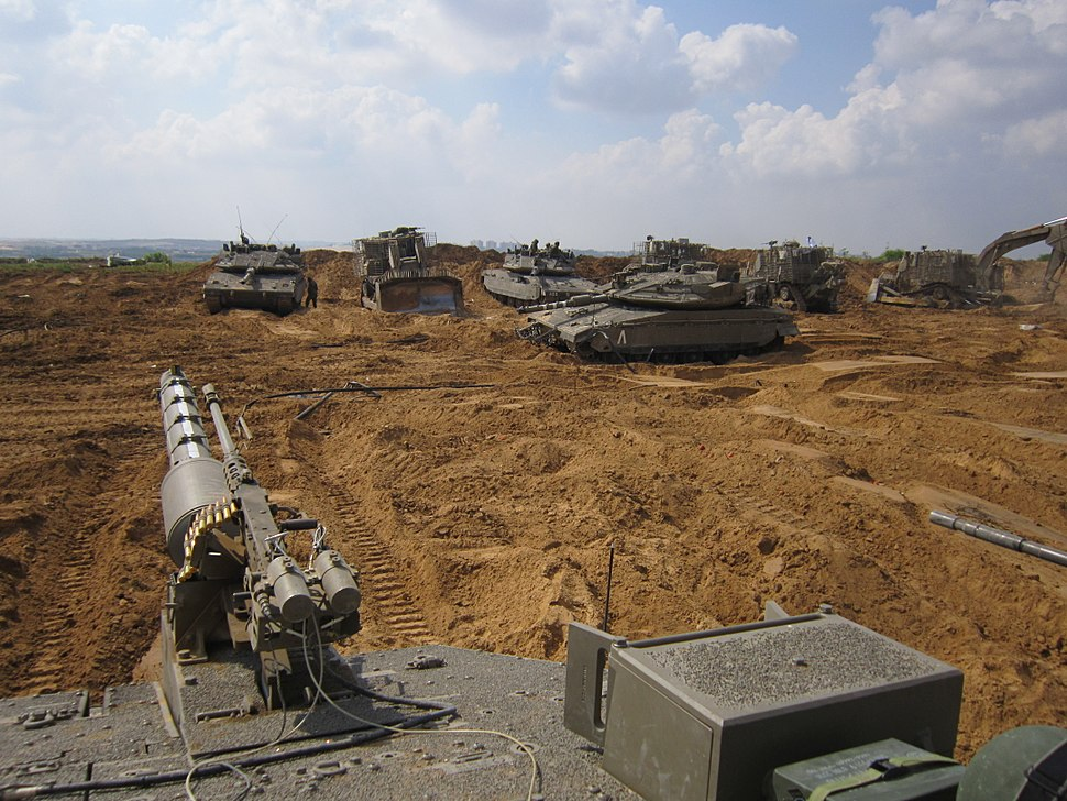 Armored Corps Operate Near the Gaza Border (14569836159)