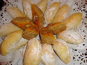 Aserbaidschanischen_Süßigkeiten.JPG