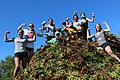 Atop the iceplant pile (25969349386).jpg