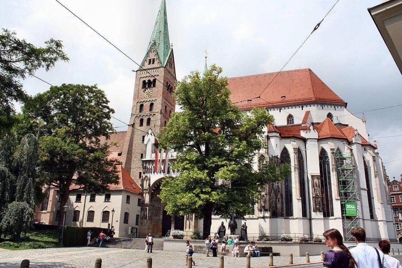Widok katedry od południowego wschodu