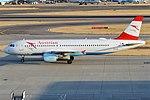 Austrian Airlines, OE-LBM, Airbus A320-214 (22426190213) (2).jpg