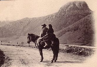 Auvergne horse - Auvergne people goping to town on their horse (late 19th century).