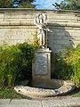 Avignon - Statue Jardin des Doms.JPG