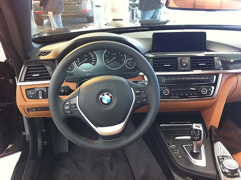 File:BMW4 Cabrio Cockpit.JPG