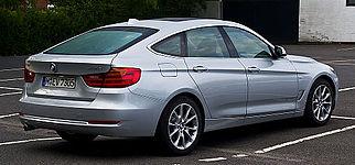 BMW 318d GT Modern Line (F34) %E2%80%93 Heckansicht, 31. August 2013, M%C3%BCnster.jpg