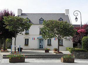 Baguer-Morvan - Town hall