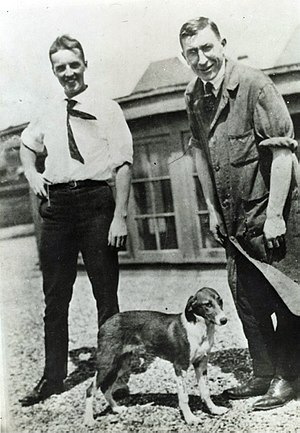 John Macleod (physiologist) - Frederick G. Banting and Charles Best