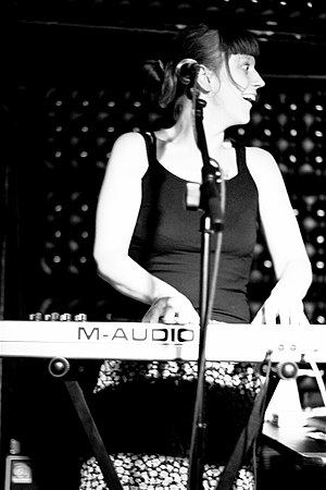 Barbara Morgenstern - Morgenstern performing in 2006
