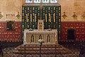 Beaune-Hôtel Dieu-Salle des Pôvres-Autel de la chapelle-2016029.jpg