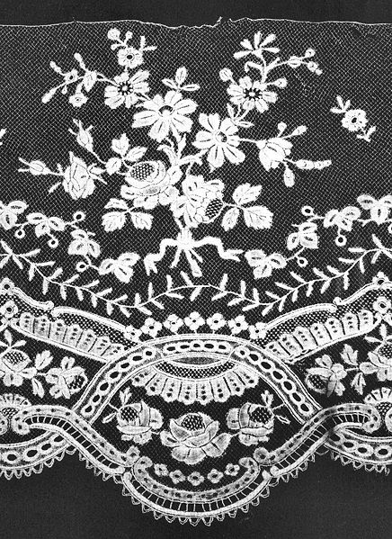 File:Belgian Royal Collection lace.jpg