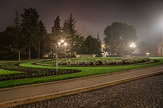 Stari dvor - Garden in front of Old Palace.