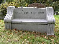 Bench at Grave of Gertrude Ederle 1024.jpg