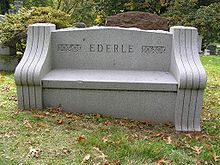 Bench at Grave of Gertrude Ederle 1024.jpg