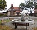 BernburgBahnhofsbrunnen.JPG