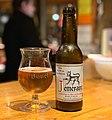Bière Téméraire (aromatisée au marc de Bourgogne) sur le comptoir du Kotopo.jpg