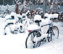 220px-Bicycles_snow_Graz_2005