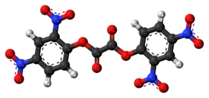 Bis(2,4-dinitrophenyl) oxalate - Image: Bis(2,4 dinitrophenyl) oxalate 3D ball