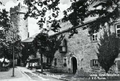 Blick auf Burg Greifenstein mit Fuchsturm.png