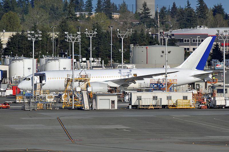 File:Boeing 787-8 Dreamliner - PAE (21299368549).jpg