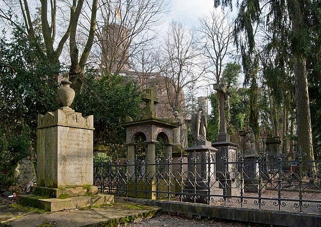 Maritim Bonn Bad Godesberg : FileBonn, Bad Godesberg, Burgfriedhof, 201202 CN01jpg  Wikimedia