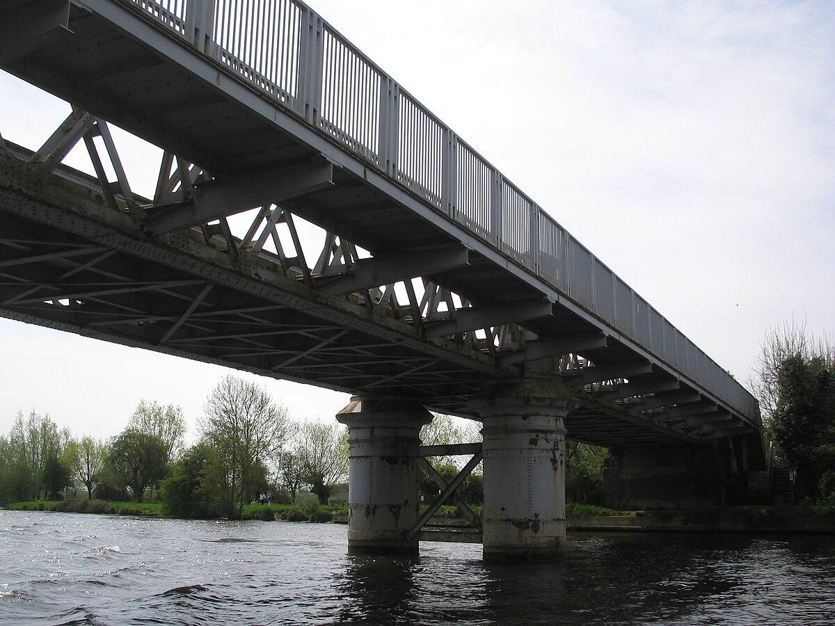 Bourne End Railway Bridge Wikipedia