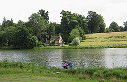 Bowood House Lake. - panoramio