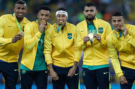 Brazil players with their gold medals from the 2016 Summer Olympics Brasil conquista primeiro ouro olimpico nos penaltis 1039259-20082016- mg 4209.jpg